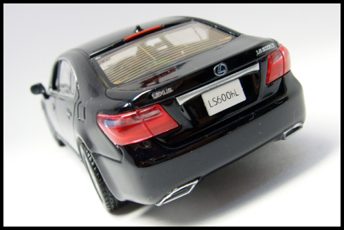 KYOSHO_J-Collection_Lexus_LS600hL7