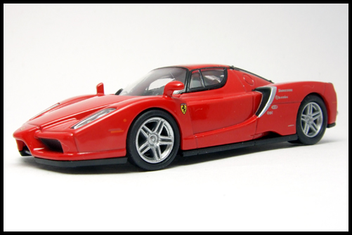 KYOSHO_FERRARI_7_ENZO_TEST_CAR2