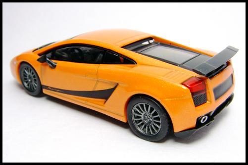 KYOSHO_Lamborghini_3_Gallardo_Superleggera_Orange_9
