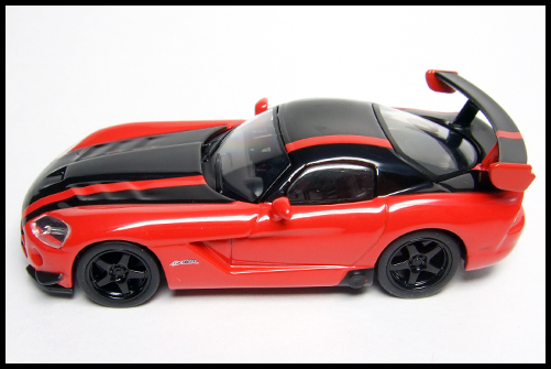 KYOSHO_USA_Sports_Minicarcollection_2_Dodge_Viper_STR10_ACR_RED_11