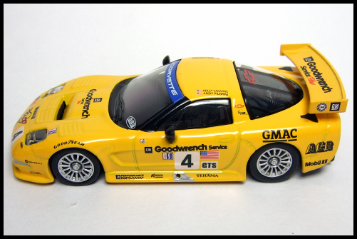 KYOSHO_USA_Sports_Minicarcollection_2_Chevrolet_Corvette_C5-R_14