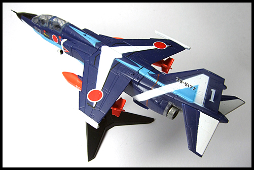 F-Toys_JASDF_Collection_Special_T-2_BlueImpulse_1