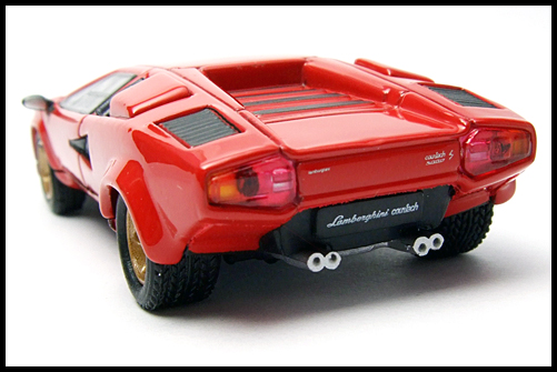 POST_HOBBY_KYOSHO_Lamborghini_Countach_LP400S_RED_13