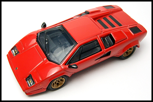 POST_HOBBY_KYOSHO_Lamborghini_Countach_LP400S_RED_16