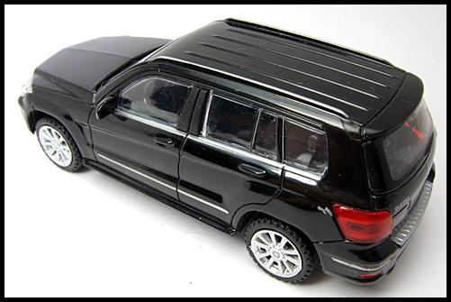 RASTAR_Mercedes_Benz_GLK_Class_9
