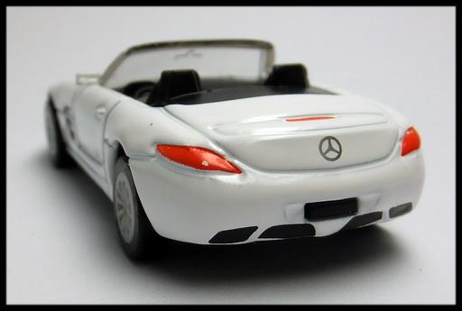 GEORGIA_Mercedes-Benz_SLS_AMG_Roadster_13