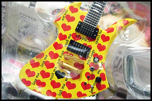 hide_Guitar_Collection_7