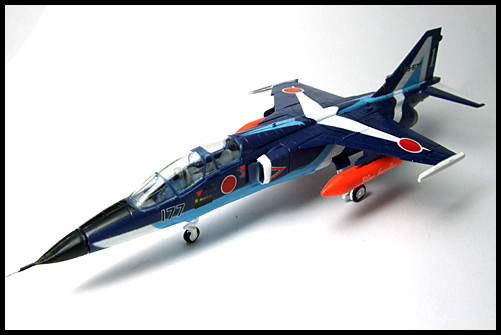 F-Toys_JASDF_Collection_Special_T-2_BlueImpulse_3