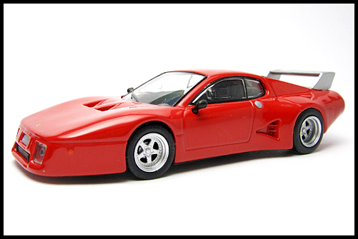 KYOSHO_FERRARI_8_512_BB_LM_RED_1