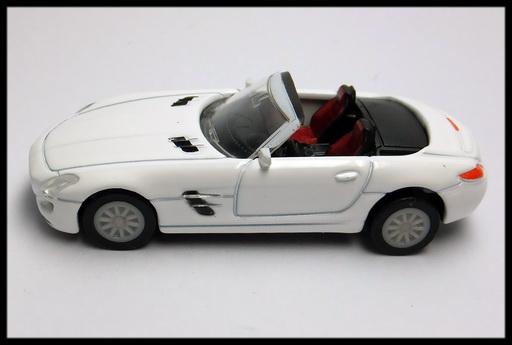 GEORGIA_Mercedes-Benz_SLS_AMG_Roadster_12