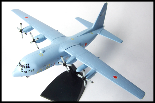 Wing_of_great_machine_C-130_28