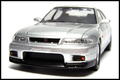KYOSHO_NISSAN_SKYLINE_GT-R_AUTECH_VERSION_40th_ANNIVERSARY_5