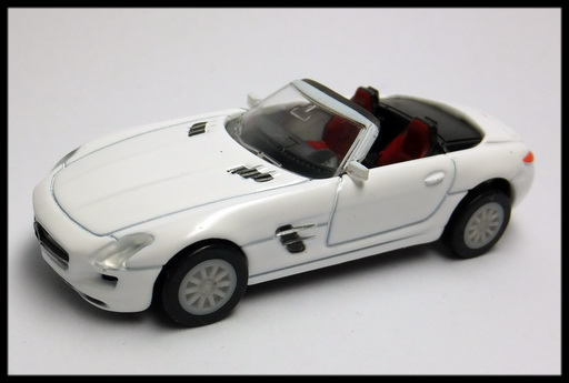 GEORGIA_Mercedes-Benz_SLS_AMG_Roadster_11