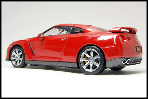 KYOSHO_NISSAN_GT-R_R35_RED18