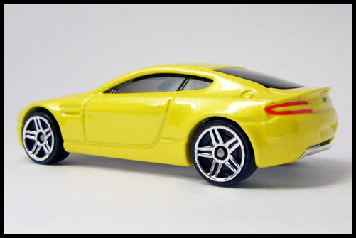 HotWheels_2005_FIRSTEDITIONS_ASTONMARTIN_VANTEGE12
