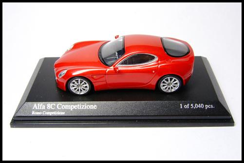 MINICHAMPS_64_Alfa_Romeo_8C_Competizione__7