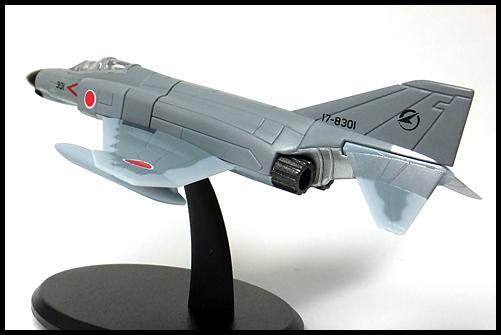 UCC_F-4EJ_16