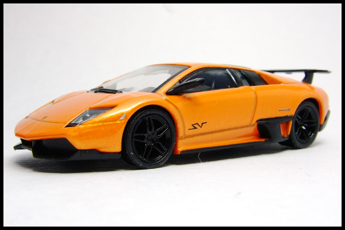 KYOSHO_Lamborghini_3_Murcielago_SV_Orange11