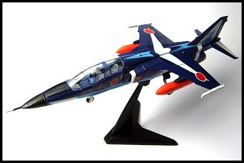 F-Toys_JASDF_Collection_Special_T-2_BlueImpulse_13