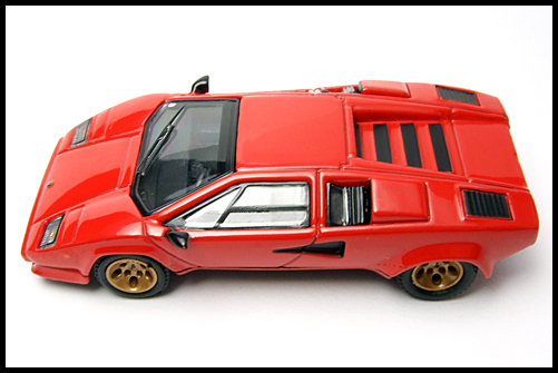 POST_HOBBY_KYOSHO_Lamborghini_Countach_LP400S_RED_15