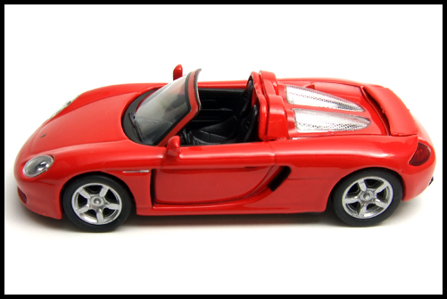 KYOSHO_PORSCHE_CARRERA_GT_RED_5