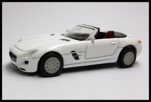 GEORGIA_Mercedes-Benz_SLS_AMG_Roadster_10