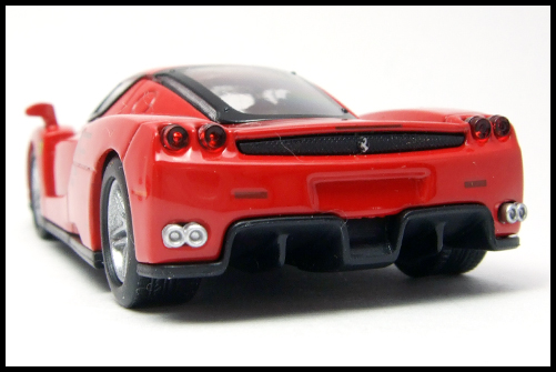 KYOSHO_FERRARI_7_ENZO_TEST_CAR20