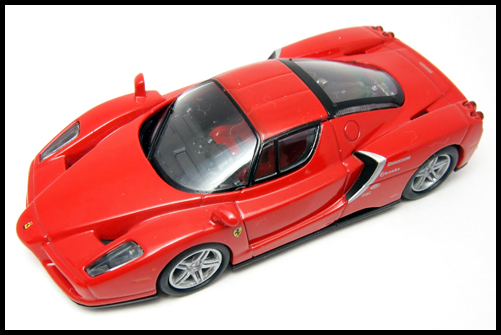 KYOSHO_FERRARI_7_ENZO_TEST_CAR23