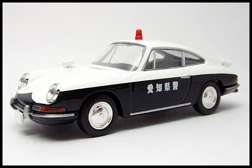TOMICA_LIMITED_VINTAGE_Porsche_912_3