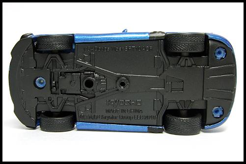 KYOSHO_USA_2_Dodge_Viper_SRT10_ACR_BLUE_5