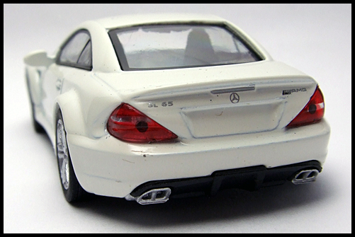 KYOSHO_AMG_Minicar_Collection_Mercedes_Benz_SL_65_Black_Series_11