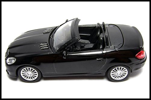 KYOSHO_AMG_Minicar_Collection_Mercedes_Benz_SLK_55_AMG_Black_15