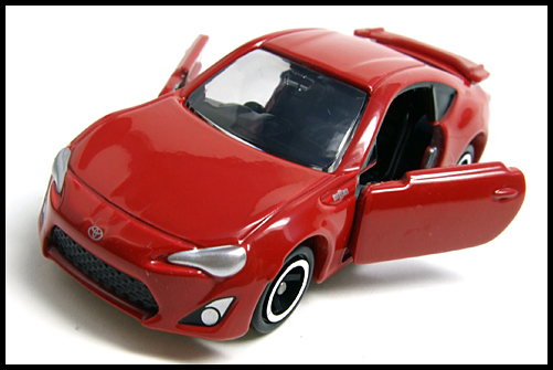 TOMICA_TOYOTA_86_13