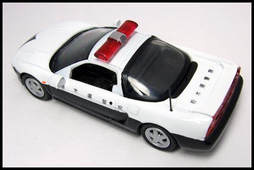 KYOSHO_POLICE_CAR_HONDA_NSX1