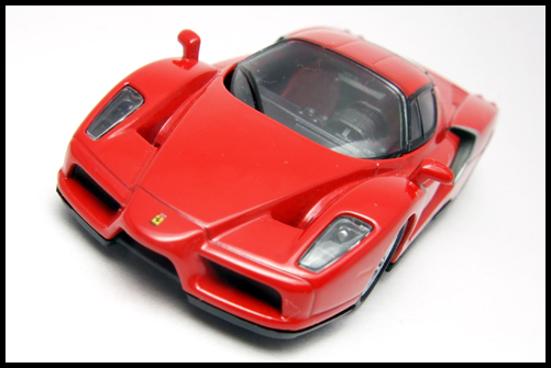 KYOSHO_FERRARI_7_ENZO_TEST_CAR5