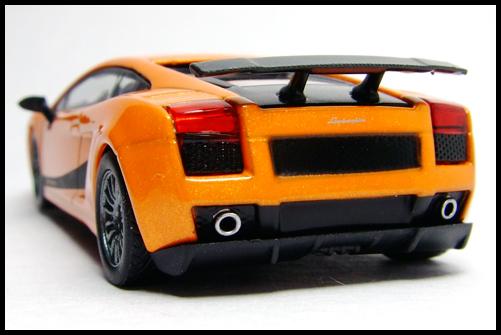 KYOSHO_Lamborghini_3_Gallardo_Superleggera_Orange_11