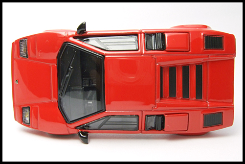 POST_HOBBY_KYOSHO_Lamborghini_Countach_LP400S_RED_6