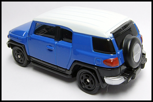 TOMICA_85_TOYOTA_FJ_CRUISER_FIRST_10