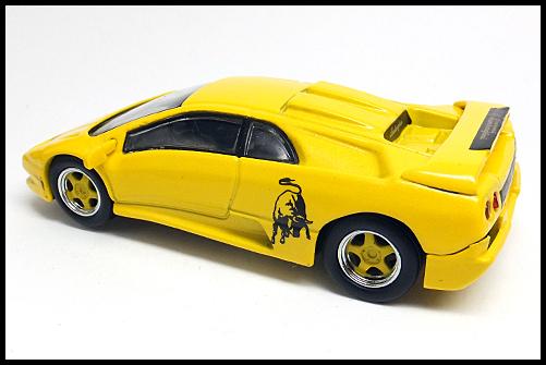 KYOSHO_Lamborghini4_Diablo_SV_Yellow_10