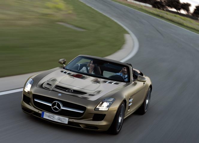 GEORGIA_Mercedes-Benz_SLS_AMG_Roadster_18