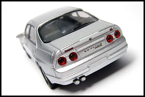 KYOSHO_NISSAN_SKYLINE_GT-R_AUTECH_VERSION_40th_ANNIVERSARY_14