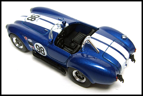 KYOSHO_USA_Sports_Car_Collection_2_Shelby_Cobra_427_blue_11