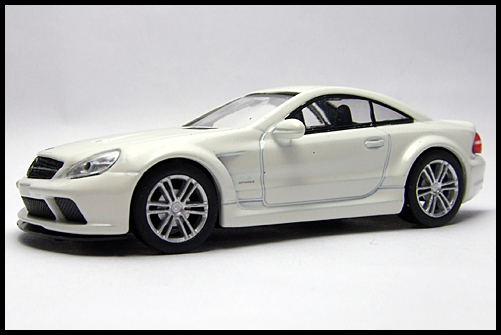 KYOSHO_AMG_Minicar_Collection_Mercedes_Benz_SL_65_Black_Series_4
