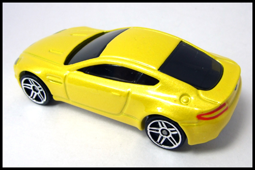 HotWheels_2005_FIRSTEDITIONS_ASTONMARTIN_VANTEGE1