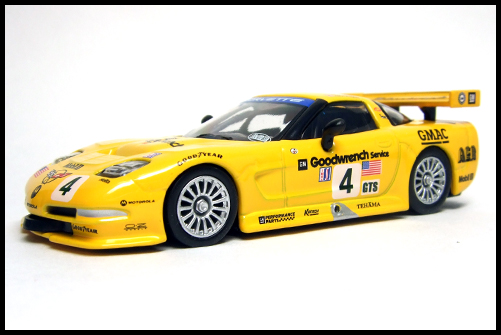 KYOSHO_USA_Sports_Minicarcollection_2_Chevrolet_Corvette_C5-R_4