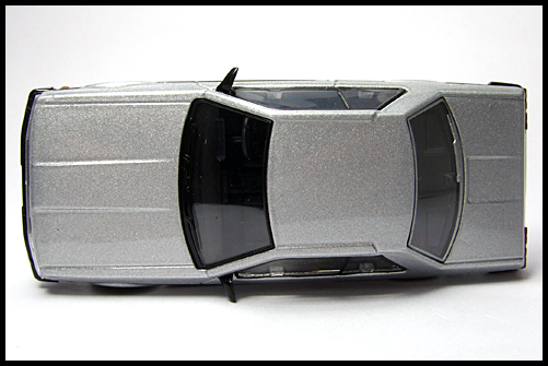 KYOSHO_NISSAN_SKYLINE_GT-R_COLLECTION_SKYLINE_2000RS_SILVER_6
