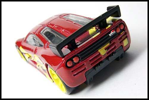 HotWheels_SPEED_MACHINES_McLaren_F1_GTR_13