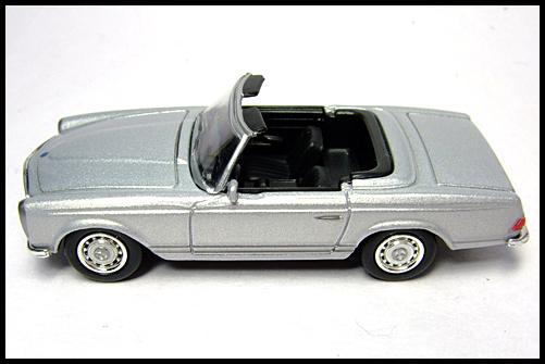KYOSHO_Mercedes-Bentz_Typ_280_SL_Silver_14