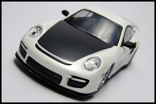 KYOSHO_PORSCHE_911_GT2_RS_WHITE_PEARL_3