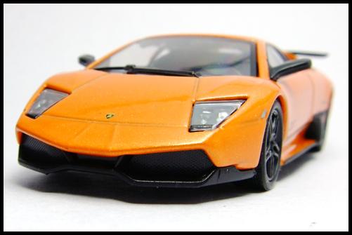 KYOSHO_Lamborghini_3_Murcielago_SV_Orange10